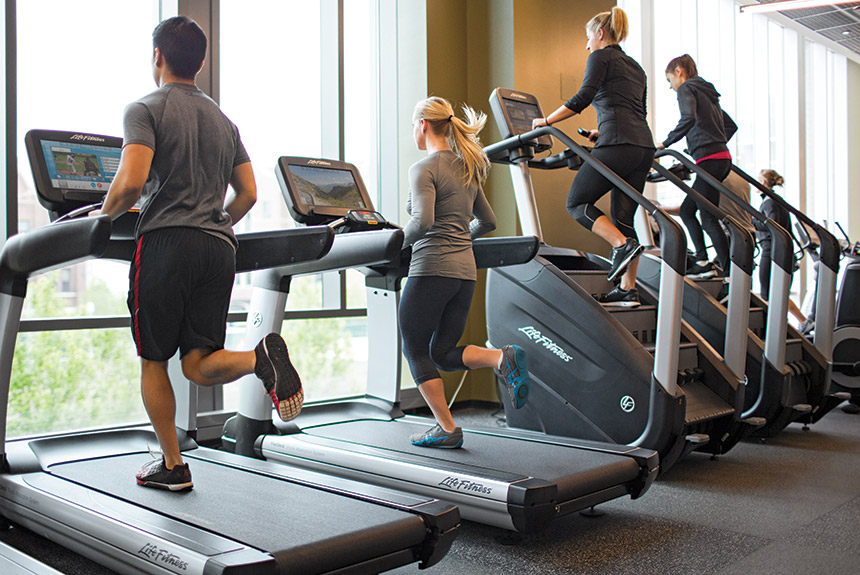 Hire a best personal trainer to maintain your health properly